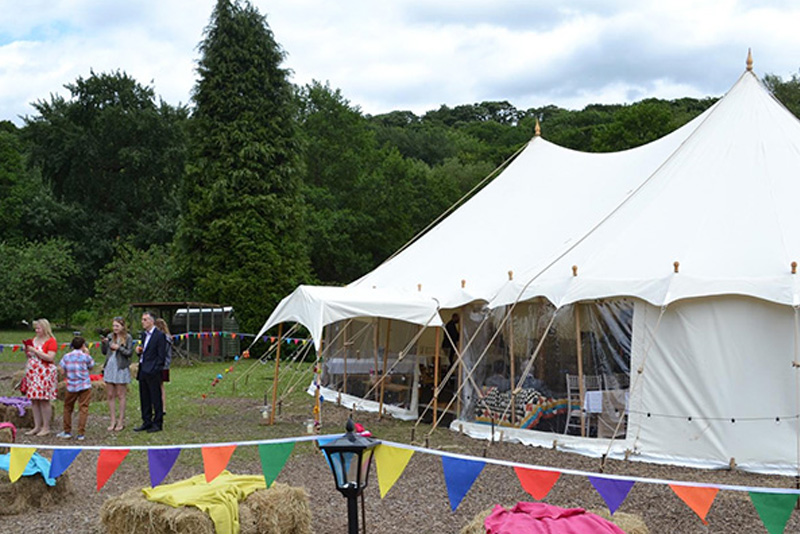 9x15m<br /> PETAL POLE MARQUEE
