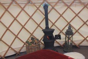 Yorkshire-Yurts-14ft-honeymoon-yurt-internal