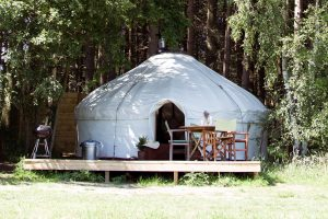 Yorkshire-Yurts_17ft-Yurt